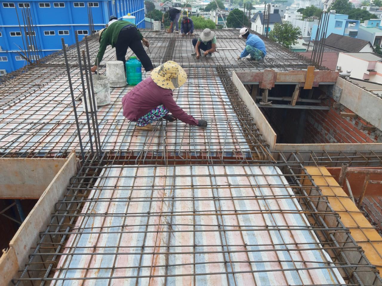 Quang Phúc thực hiện xây dựng tại Lý Sơn