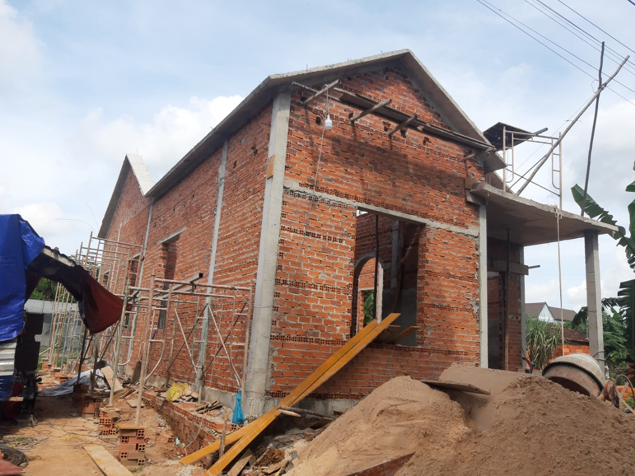 Một công trình đang được thi công xây dựng bởi Quang Phúc